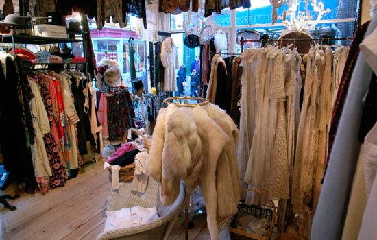 vintage store 2