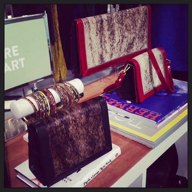 Pochettes Sacs à mains bijoux accessoires Hare + Hart