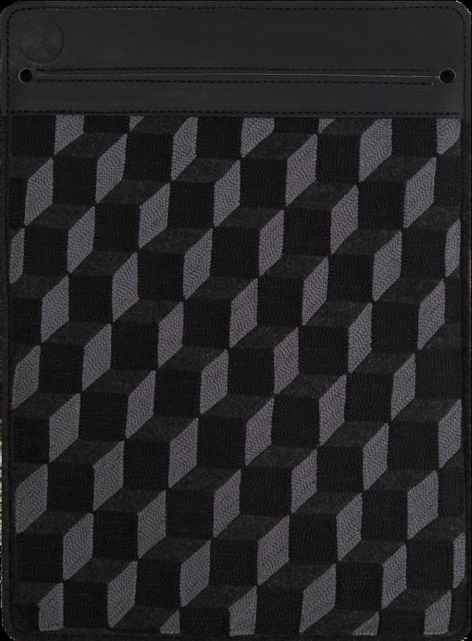 original_laptop-sleeve-black-grid