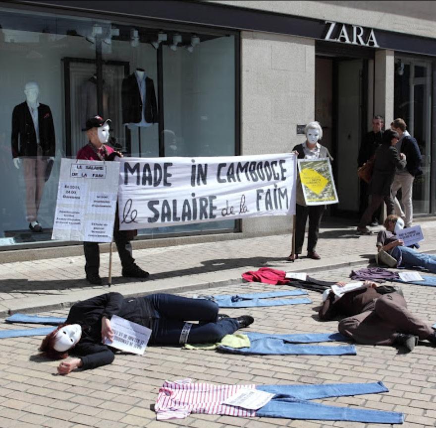 Mode : travailler pour mourir, femmes #soldées qui est la moins chère ?