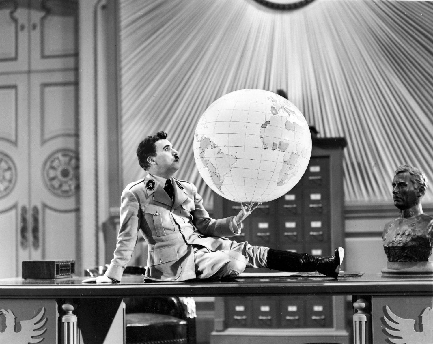 the great dictator charlie chapplin charlie hebdo